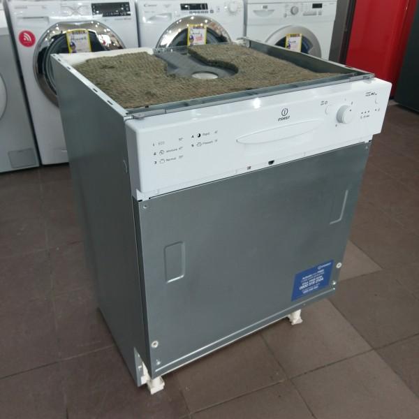 Built-in dishwasher Indesit DPG15B1 (Graded)